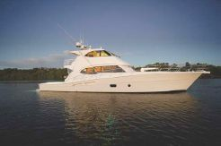 2014 Riviera 75 Enclosed Bridge