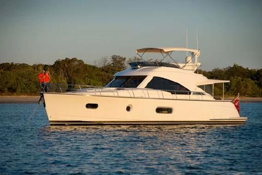 2014 Riviera 54 Belize Daybridge