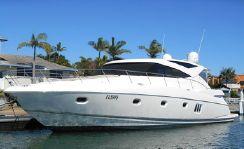2010 Riviera 5800 Sport Yacht