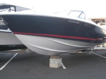 2005 Chris-Craft Launch 28