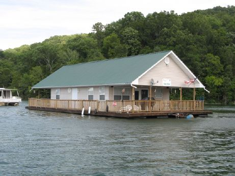 2002 Custom Built 24 x 36 Floating Cottage (1088sqft)