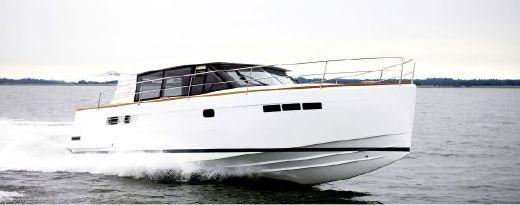 2011 Fjord 40' Cruiser