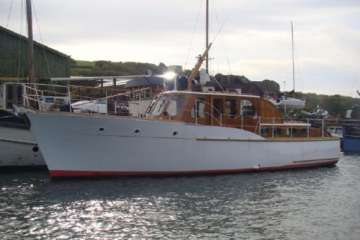 1964 Fred Parker Twin screw motor yacht