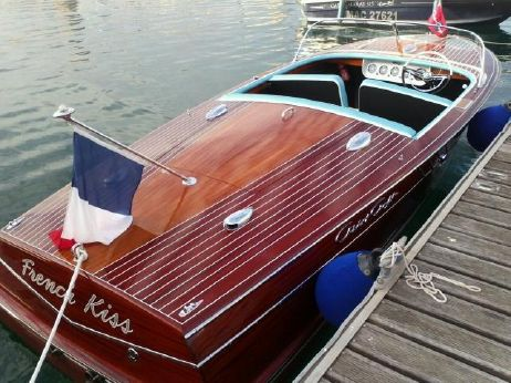1961 Chris Craft Capri 19