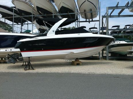 2014 Regal 2700 Bowrider