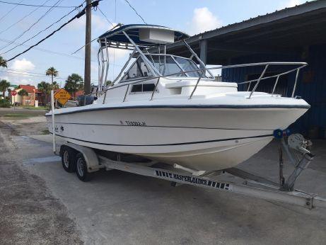 1999 Angler 220 WA