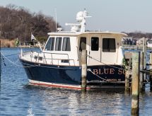 2005 Legacy Yachts 42