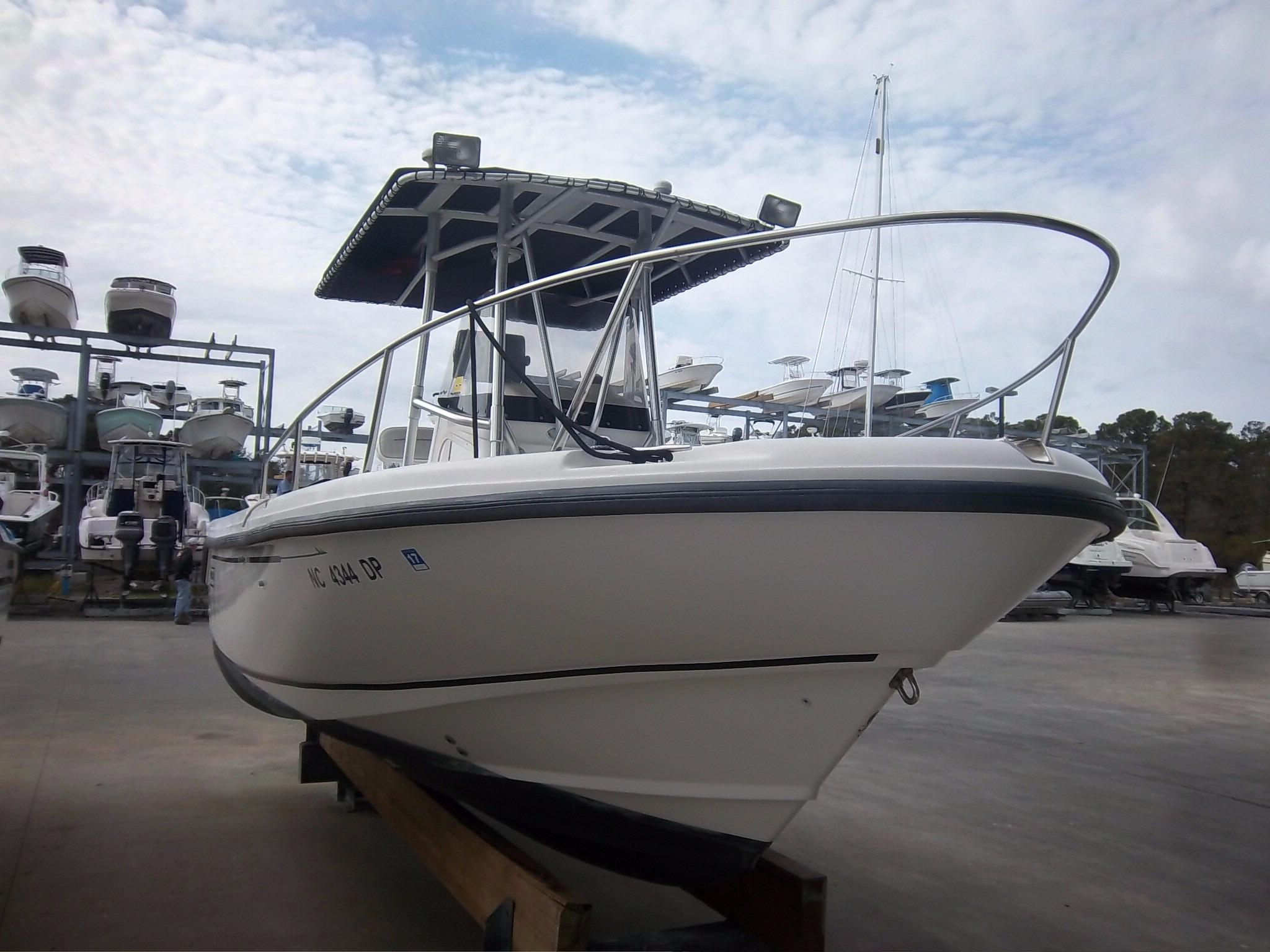 2000 Boston Whaler 23 Outrage Power Boat For Sale - www ...