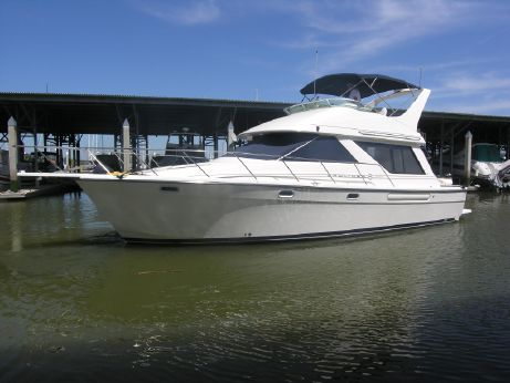 1999 Bayliner 39 Sedan Bridge