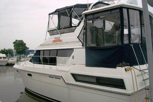 1988 Carver Yachts 38 Aft Cabin