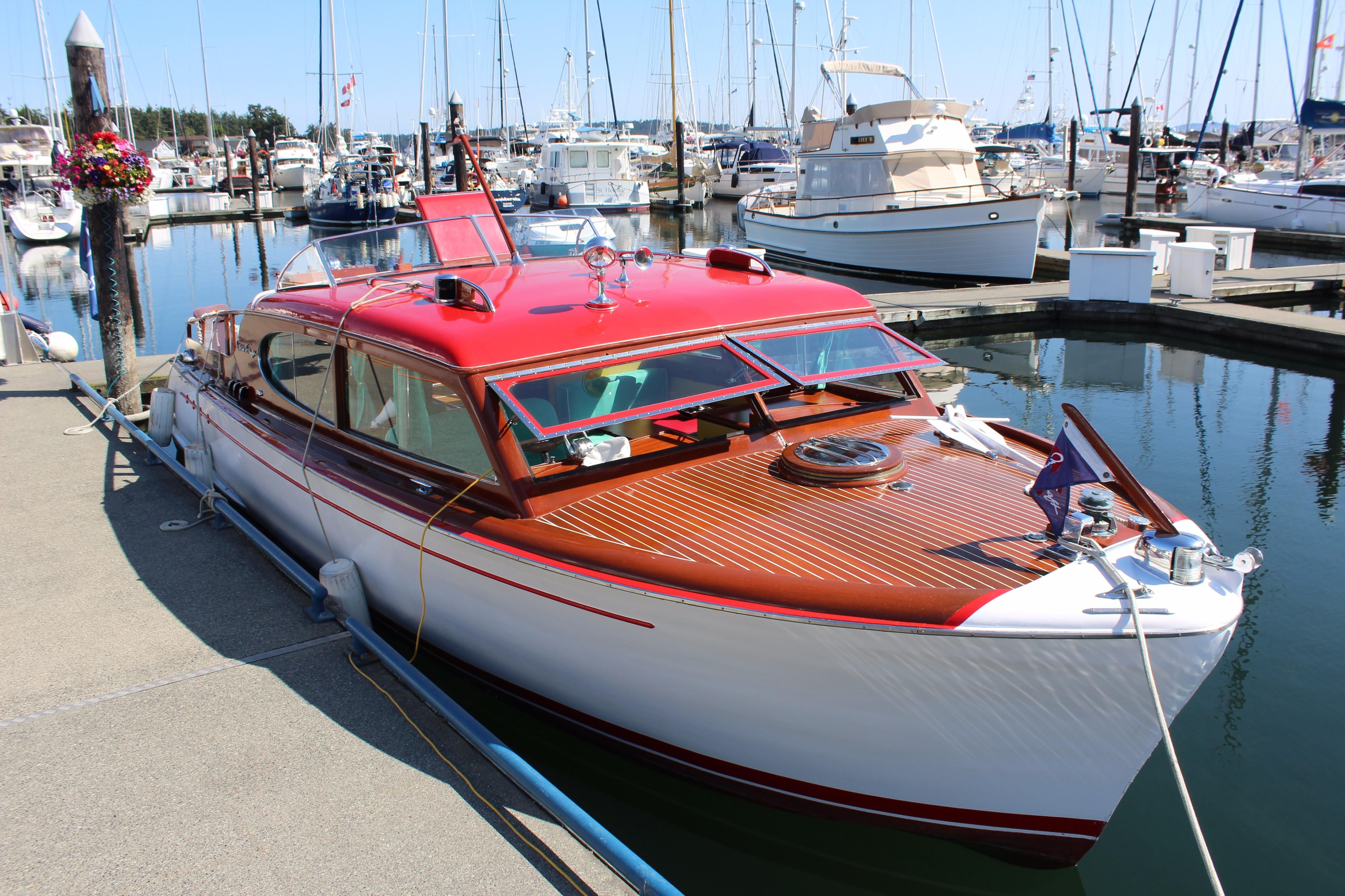 1952 chris craft super deluxe enclosed power boat for sale for Chris craft corsair 32 for sale