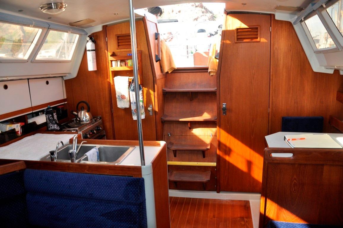 32' Oday 322+Aft Cabin