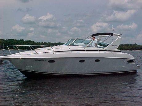 2000 Trojan 360 Express Yacht