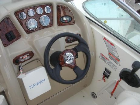 2004 Sea Ray 275 Sundancer