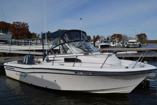 2001 Grady-White 226 Seafarer