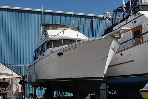 1993 Bayliner 3288 Motor Yacht
