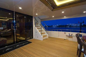 thumbnail photo 1: 2017 Ocean Alexander Tri Deck Motor Yacht
