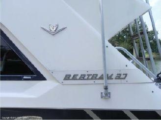 1989 Bertram 37'