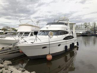 2002 Carver 396 Motor Yacht