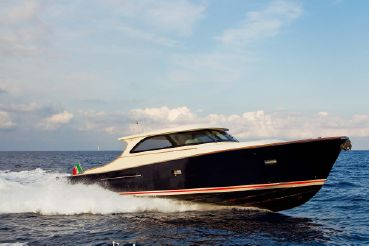 Toy boats for sale - YachtWorld