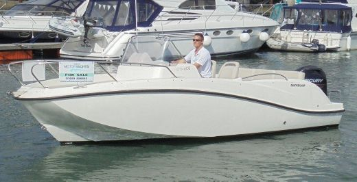2013 Quicksilver Activ 605 Sports Cuddy