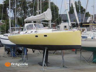 2002 Sailboat CNI FABULO 36
