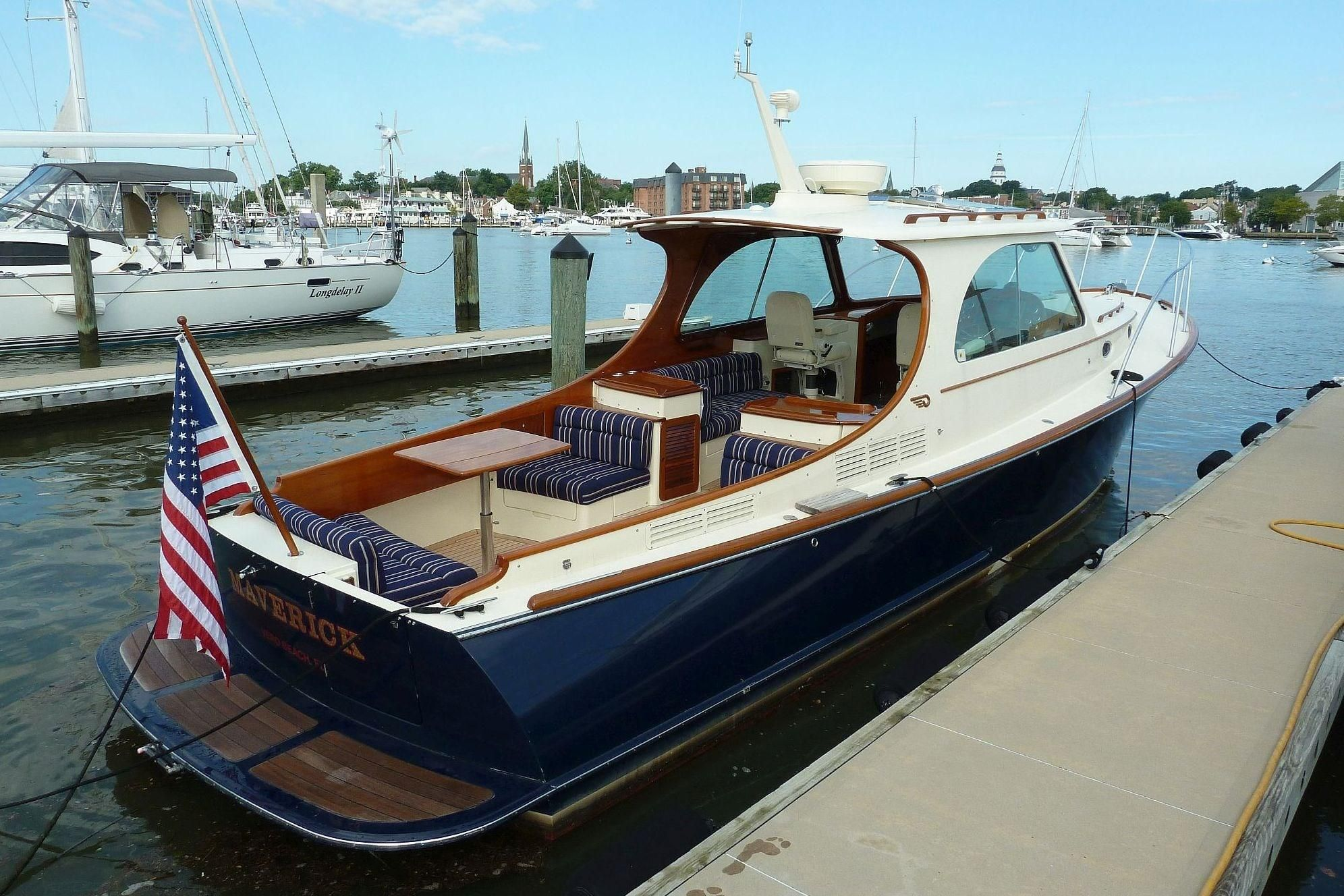 Deep Impact Boats >> 2011 Hinckley Picnic Boat MKIII Power Boat For Sale - www.yachtworld.com