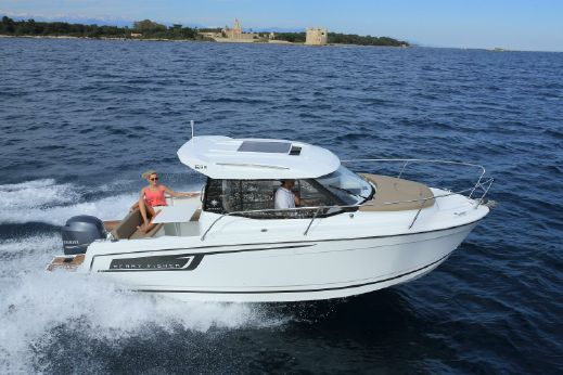 2017 Jeanneau Merry Fisher 695