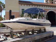 2009 Hurricane 201 fun deck