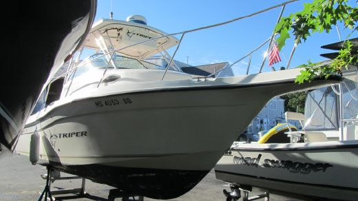2005 Seaswirl Striper 2301