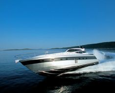 Used Pershing Yacht