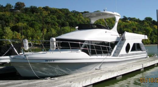 2001 Bluewater Yachts 5200 Millenium