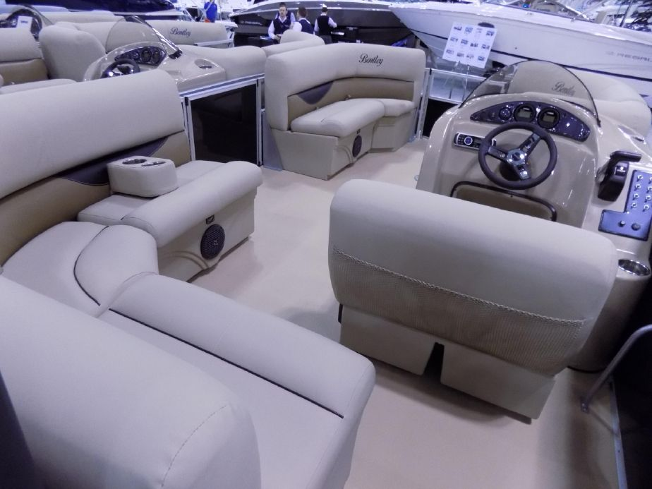 2019 Bentley Pontoons 200 Cruise Power Boat For Sale Www