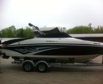 2011 Rinker 246 Captiva Bowrider