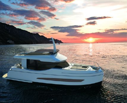 2018 Naval Yachts GreeNaval 40 Electric Yacht