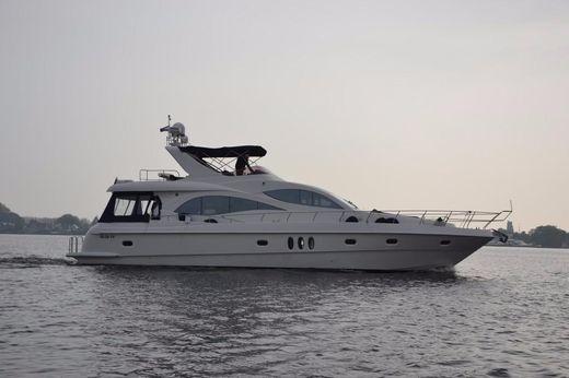 2005 Majesty 66