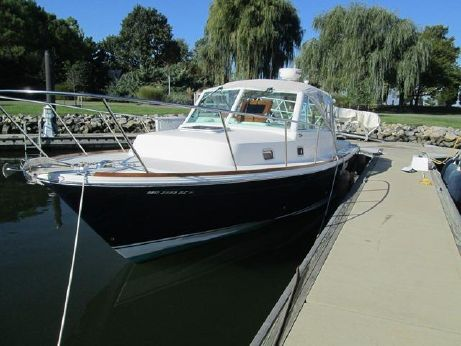 2007 Hunt Yachts Surfhunter 29