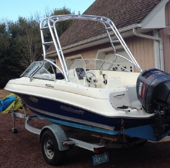 2000 Wellcraft 180 Sportsman