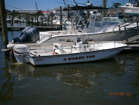 2000 Boston Whaler 17 Montauk