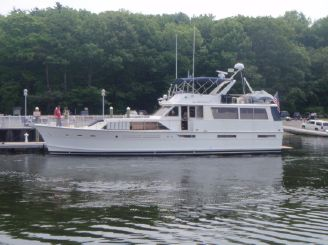 1977 Pacemaker Motor Yacht