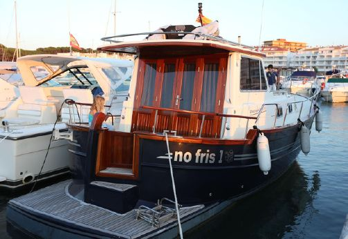 2006 Menorquin Yacht 100