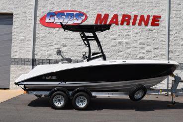 2020 Yamaha Boats 210 FSH