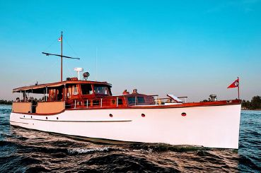 1930 Custom Classic Flat Top Motor Yacht