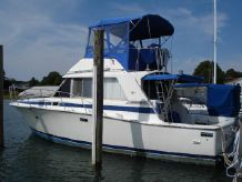 1982 Bertram 33 Fly Bridge Cruiser