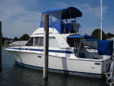 1982 Bertram 33 Flybridge Cruiser