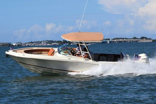 2017 Chris-Craft Calypso 30