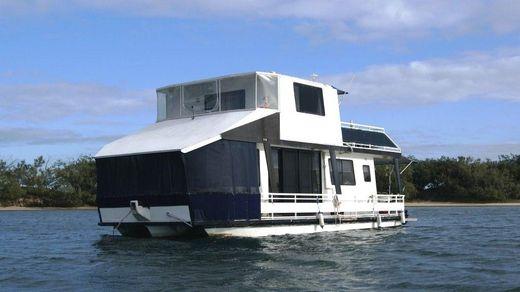 1995 Nustar 40 Houseboat