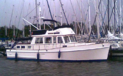 1989 Grand Banks 46 Heritage CL