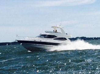 2003 Cruisers Yachts 50 Sedan