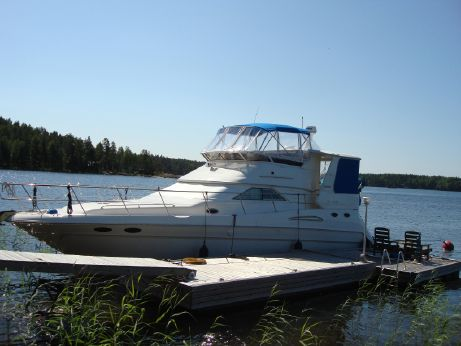 1999 Sea Ray 420 Aft Cabin